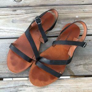 Lucky Brand Alexcia Black Leather Sandal